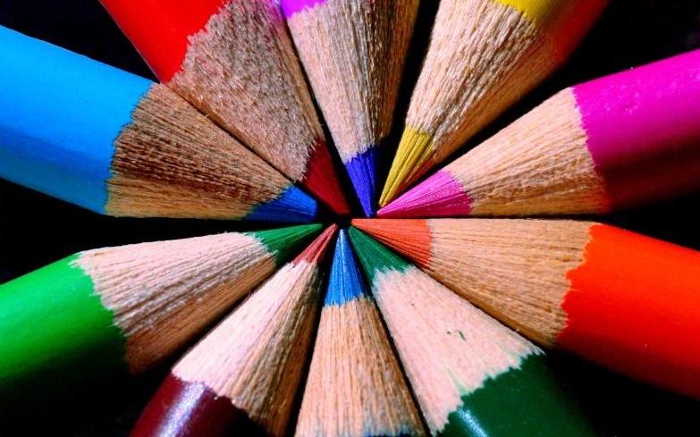 creioane colorate