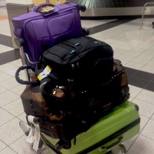 genți de voiaj în aeroport