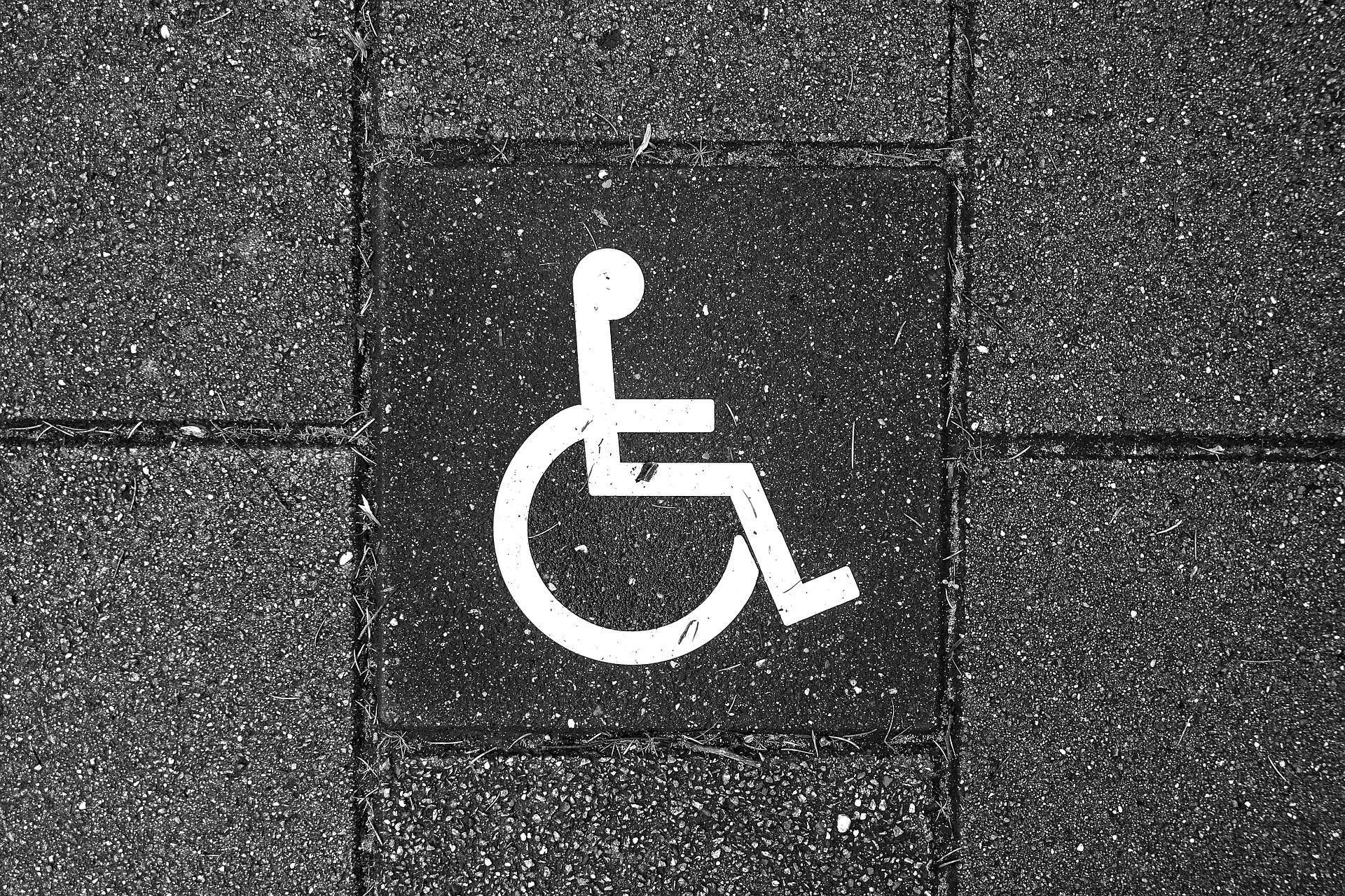 Pictograme universale pentru semnalizarea diferitelor tipuri de dizabilități